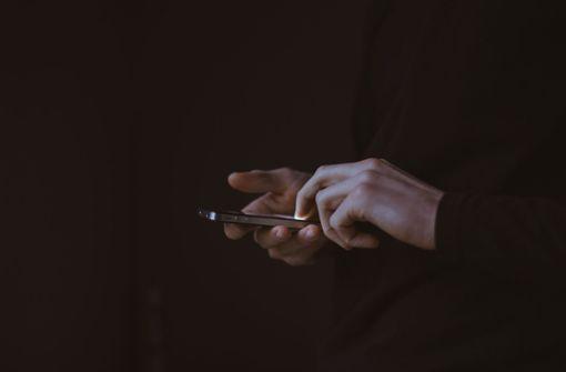 Russe verklagt Apple, weil das iPhone ihn schwul machte