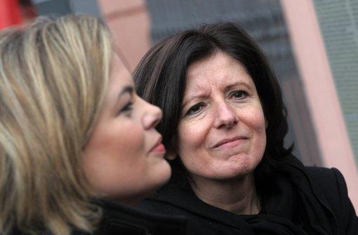 Julia Klöckner (CDU, li.) wirft  Malu Dreyer Erpressung vor. Foto: dpa