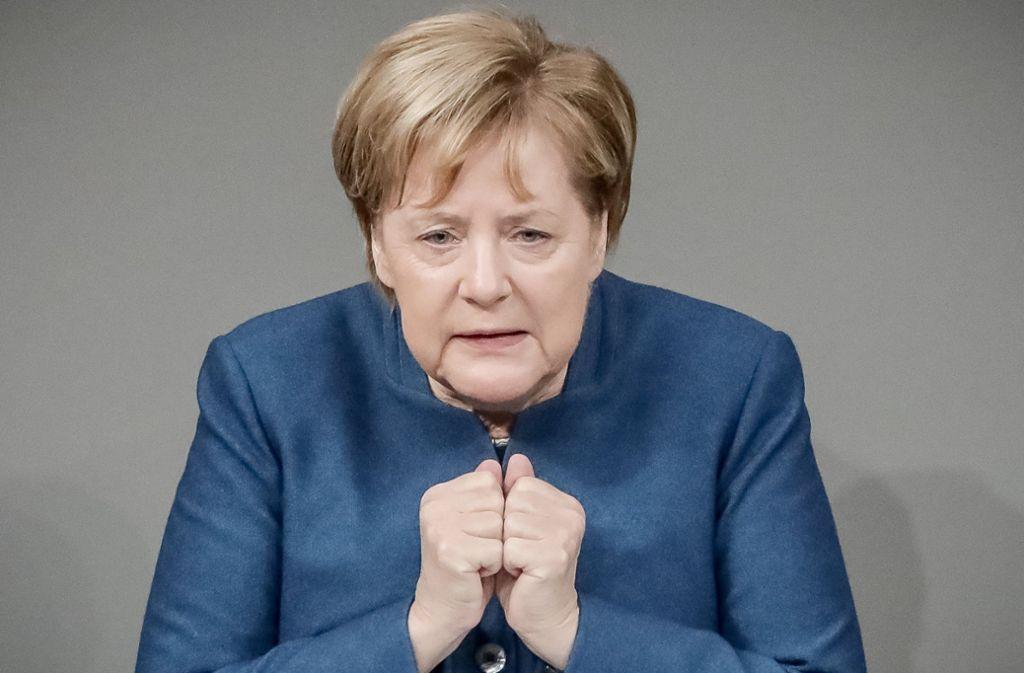 Kanzlerin Angela Merkel bei der Verteidigung des Migrationspaktes im Bundestag. Foto: dpa