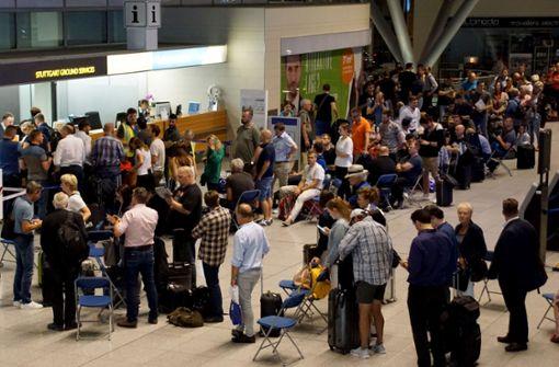 Sicherheitskontrolle im Terminal 1 gesperrt