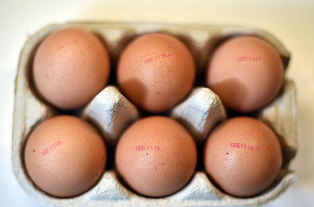 Eier haben dem Lebensmittel- und Futtermittelgesetz nach nur einen Herkunftsstempel. Foto: dpa/Symbolbild