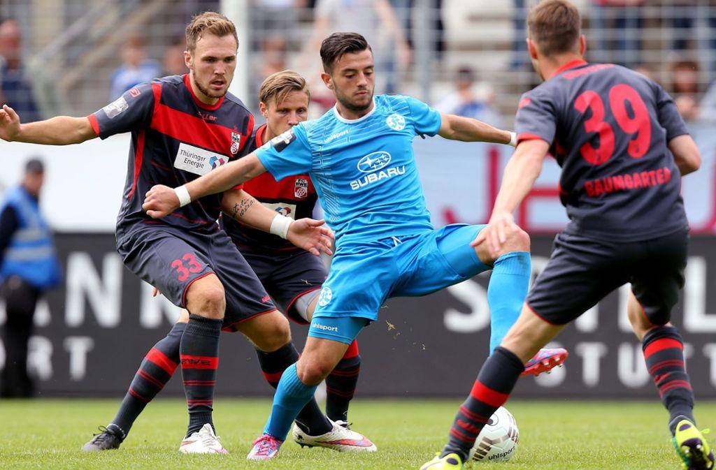 Besar Halimi (hier im Trikot der Stuttgarter Kickers) wechselt zum SV Sandhausen. Foto: Pressefoto Baumann