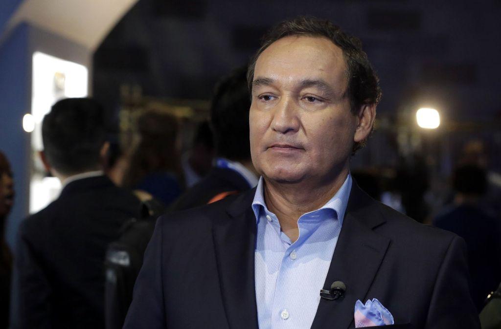 Oscar Munoz hat sich für das Verhalten seiner Mitarbeiter entschuldigt. Foto: AP