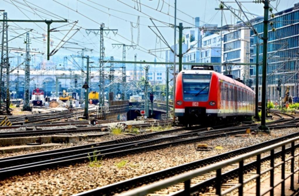 Die S-Bahnen in der Region sollen wieder auf Kurs gebracht werden. Foto: