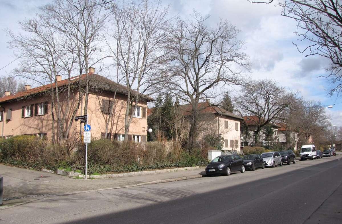 Blick in den Hallschlag: Die Zukunft von weiteren gut 100 Bestandswohnungen ist umstritten. Foto: Edgar Rehberger