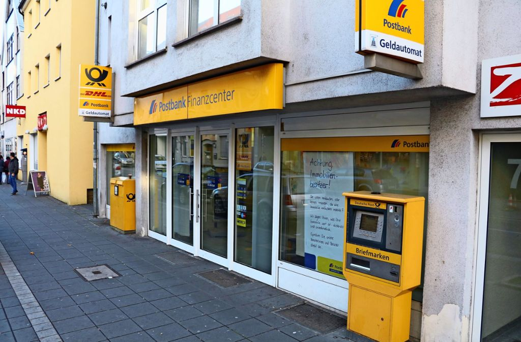 Filiale schließt: Für Bankgeschäfte müssen Kunden künftig nach Feuerbach. Foto: Archiv  cl