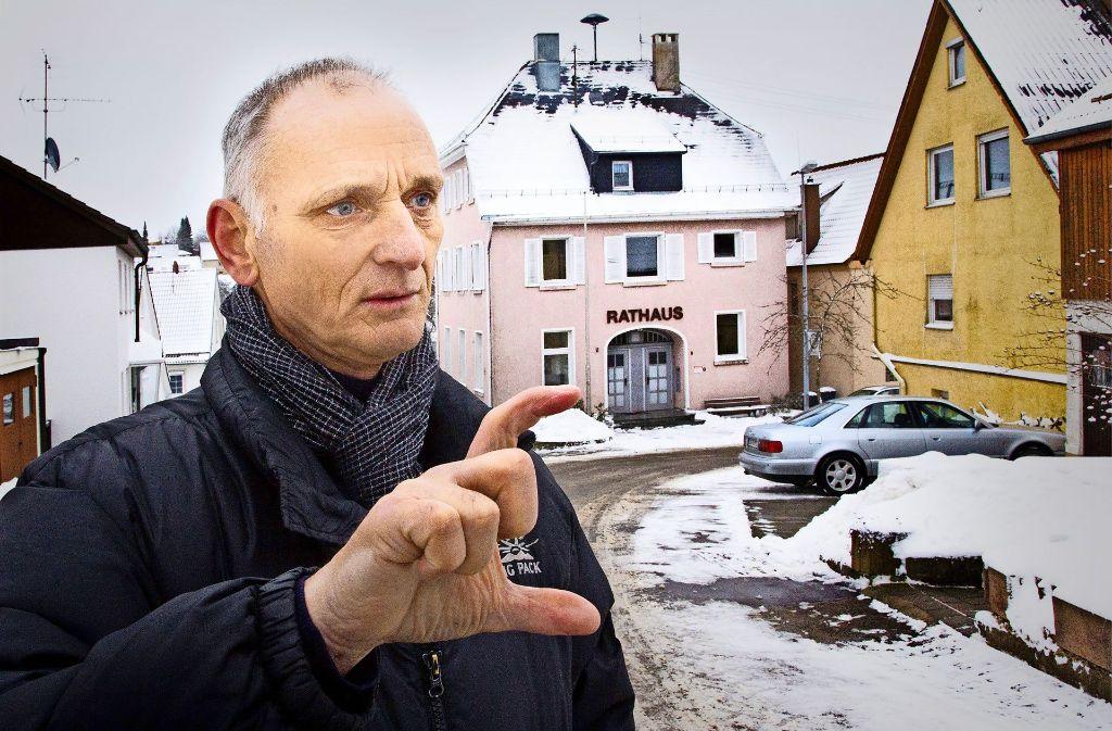Der Ortsvorsteher Ludwig Kraus  packt gemeinsam mit den Bürgern Projekte an,  um das Leben im Dorf attraktiver zu gestalten. Foto: Rudel