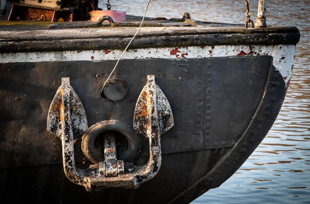 In Hofen musste das Schiff eine Zwangspause einlegen. Foto: Lg/Zweygarth (Symbolbild)