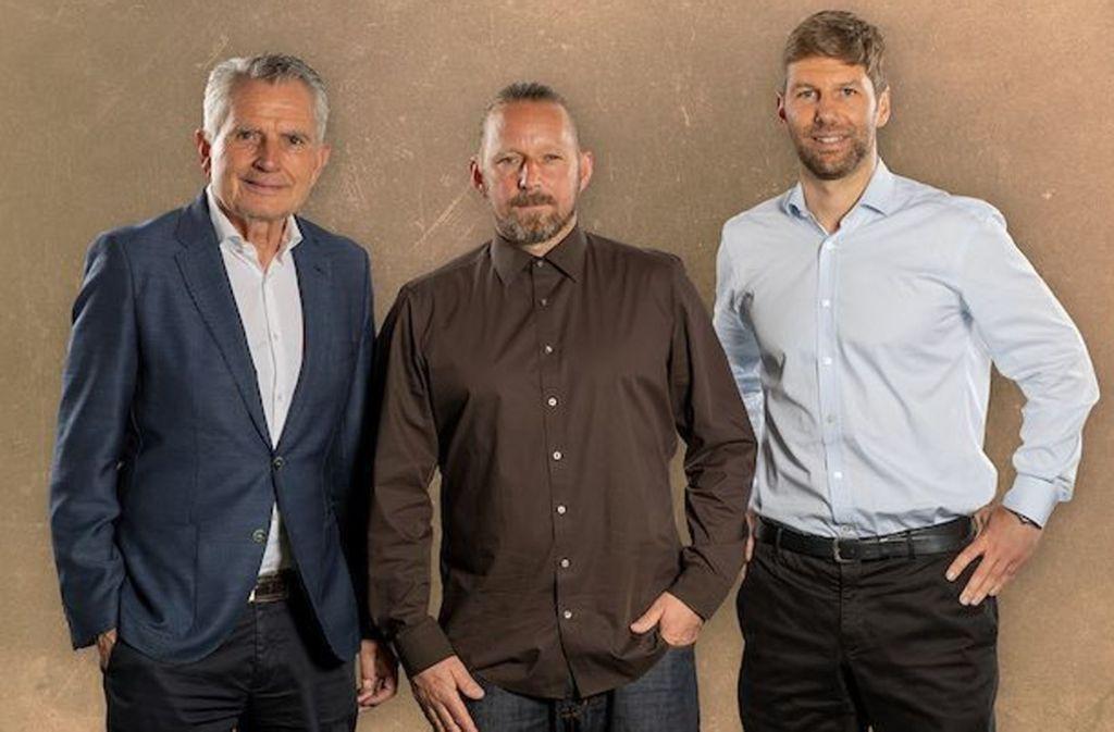 Triumvirat: Präsident Wolfgang Dietrich, Sportdirektor Sven Mislintat und Sportvorstand Thomas Hitzlsperger (von links)Foto:VfB Foto: