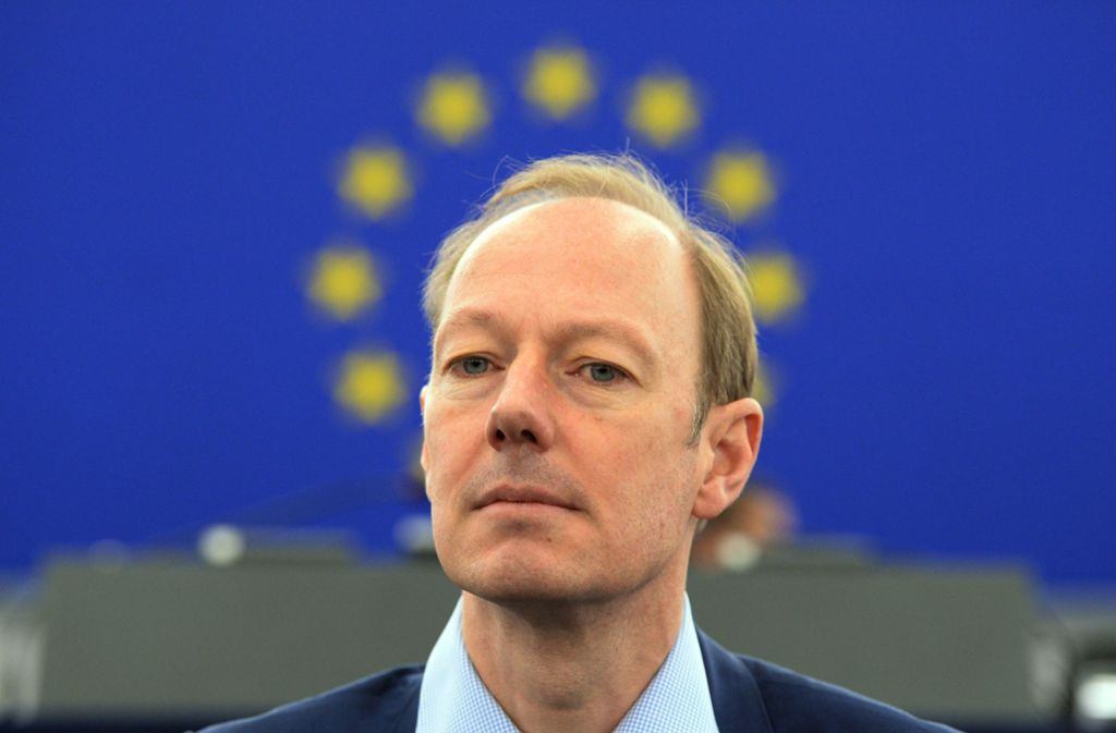 """Martin Sonneborn ist Europa-Abgeordneter der Satirepartei """"Die Partei"""". Foto: Patrick Seeger/epa/dpa"""