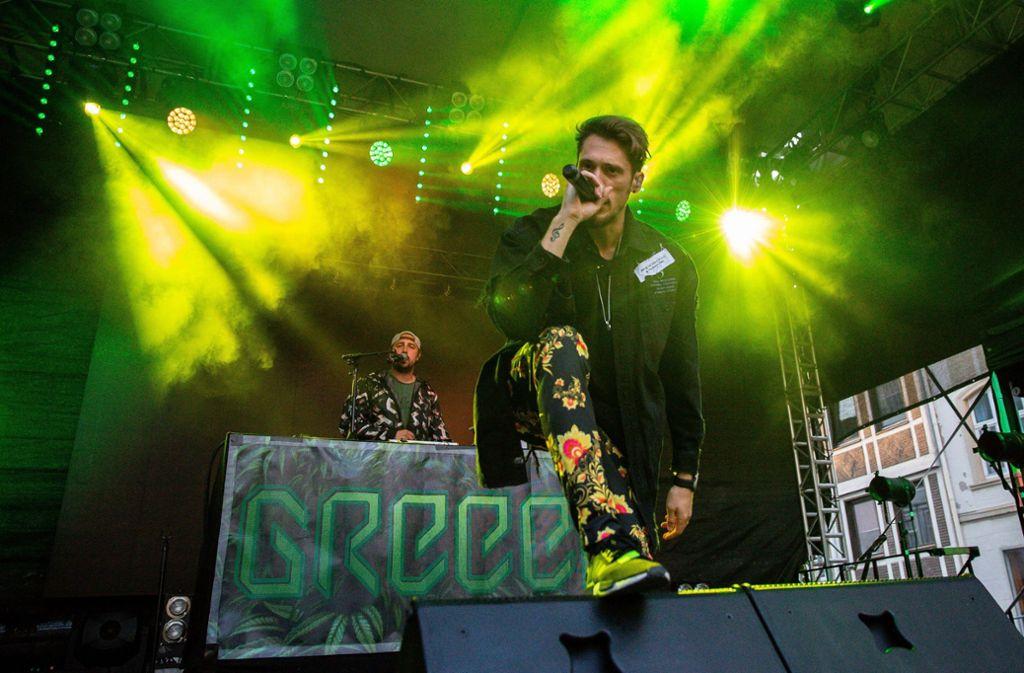 """Am Rande des Konzerts des Rappers """"GReeeN"""" in Stuttgart-Wangen fanden Drogenkontrollen statt. (Archivbild von einem Konzert aus Hachenburg) Foto: imago images / HMB-Media/Thomas Jäger"""
