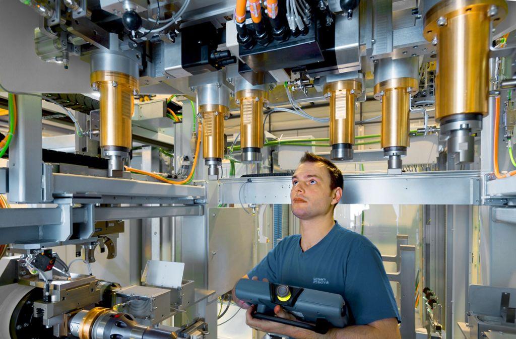 Teamtechnik  aus Freiberg fertigt auch Prüfstände für Getriebe von E-Autos. Foto: teamtechnik