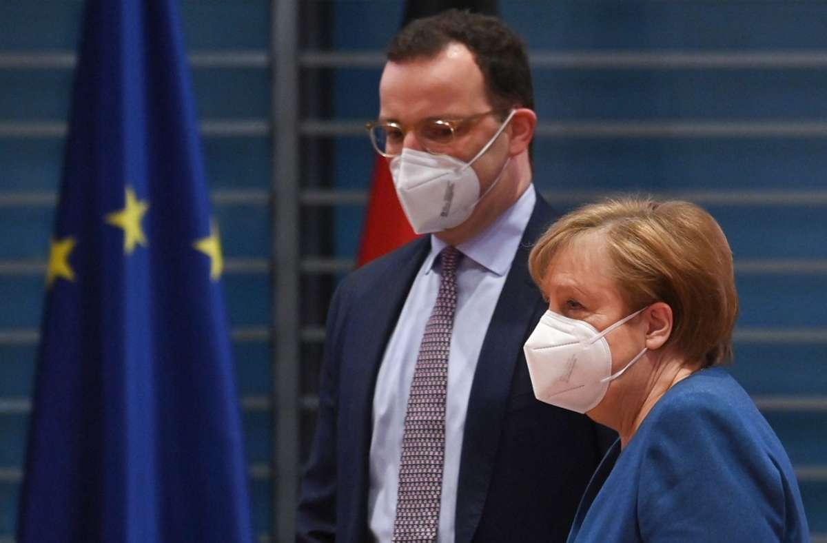 Kanzlerin Angela Merkel mit Gesundheitsminister Jens Spahn. Foto: dpa/John Macdougall
