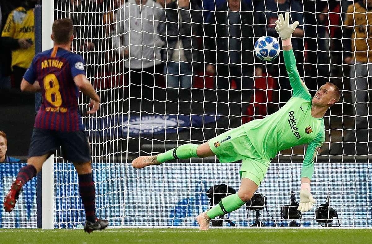 11. Platz: Marc-Andre ter Stegen ist der beste deutsche Spieler in FIFA 21. Der Barca-Keeper bekommt ebenfalls die 90. Foto: AFP