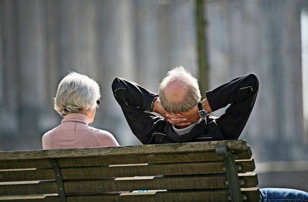 Kein Pflegeheim, kein betreutes Wohnen, keine Tagespflege – wer im Alter in Warmbronn bleiben möchte, hat es schwer. Foto: dpa