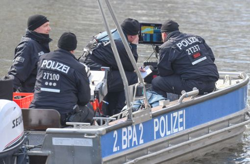 Fall Rebecca: Polizei-Taucher in See in Ost-Brandenburg