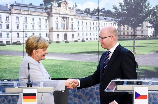 Merkels Flüchtlinspolitik bleibt unbeliebt