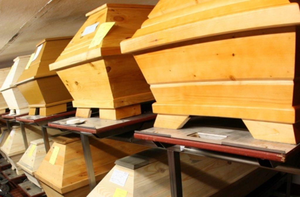 Künftig können Angehörige ihre Toten in Baden-Württemberg auch nach religiösem Ritus bestatten lassen. Foto: dpa