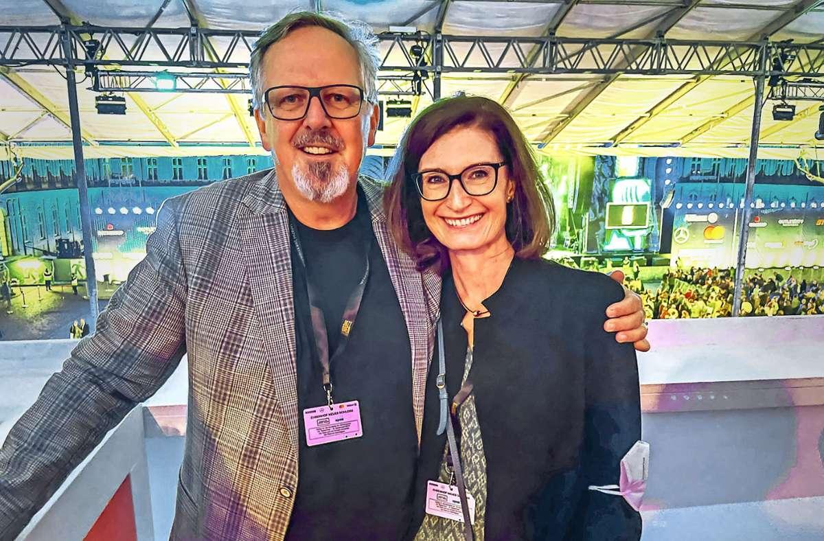 Hans-Jochen und Maryvonne  Arnold  besuchen seit Jahren mit Business-Dauerkarten die Jazz Open in Stuttgart. Foto: Bogen/