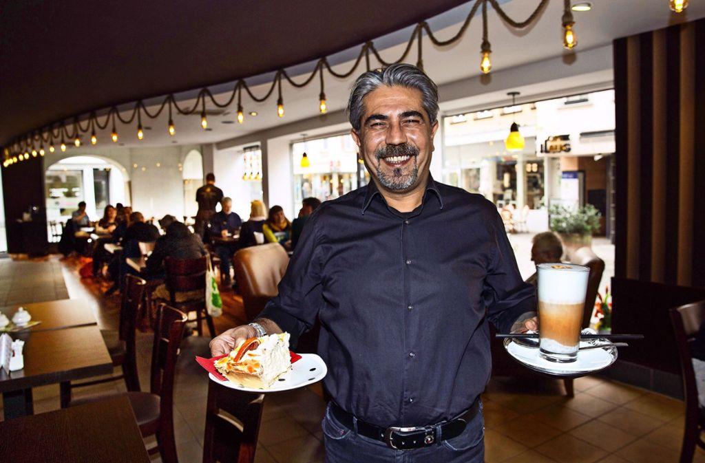 Mehmet Ciftci bringt viel   Erfahrung im Umgang mit Gästen mit. Foto: Ines Rudel