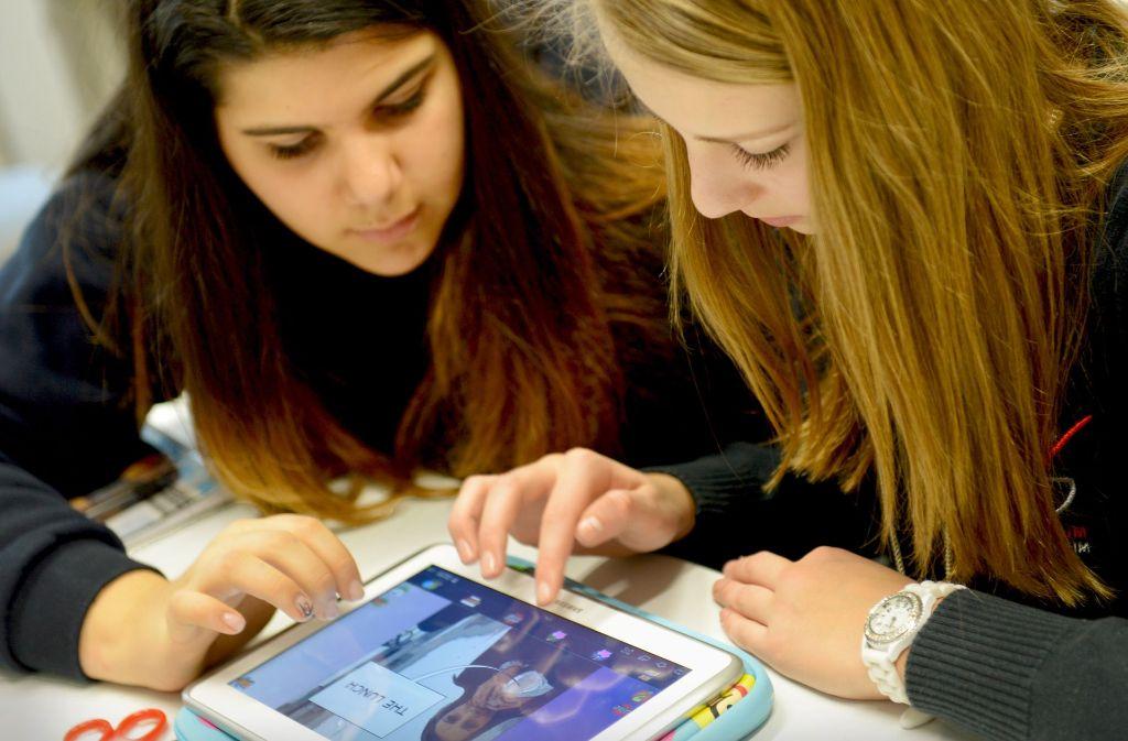 Tablets sind noch längst kein Alltag in baden-württembergischen Klassenzimmern. Foto: dpa