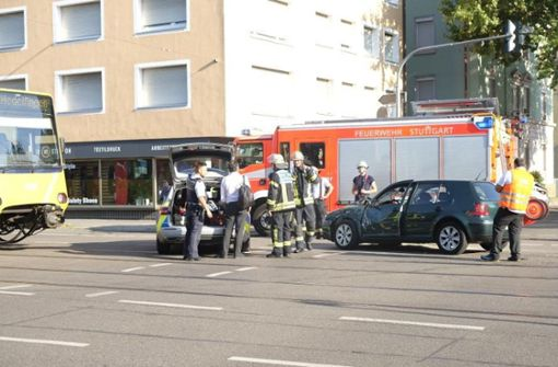 Stadtbahn-Unfall behindert Verkehr