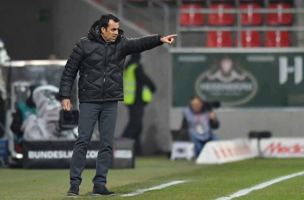 Robin Dutt gibt beim VfL Bochum die Richtung vor – und hat erstmals Grund zum Jubeln. Foto: Getty
