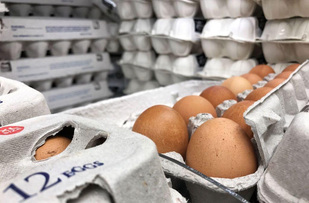 Regionale Eier sind gefragt, ausländische werden eher gemieden. Foto: AFP