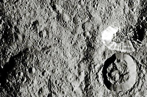 Eine Pyramide auf Ceres gibt Forschern Rätsel auf