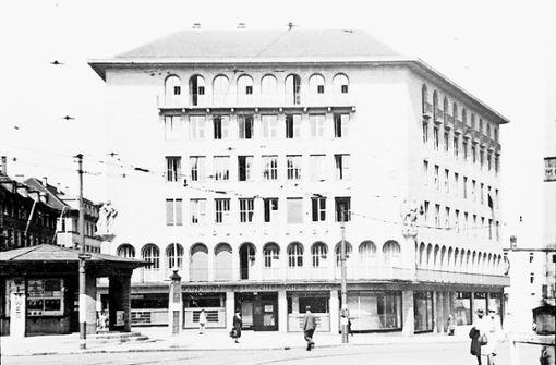 Palast der Republik: Von der Bedürfnisanstalt  zur Szenebar