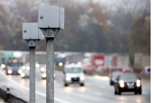 Polizei stellt Autobahn-Blitzer wieder auf