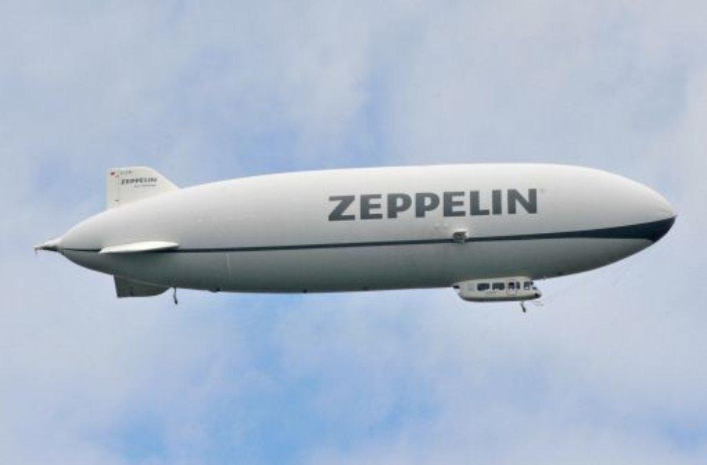 Der Zeppelin, eine Legende. 1929 umrandete Kapitän Eckener als erser mit einem Luftschiff die Welt. Zwei Jahre später gab es Atlantikflüge nach Fahrplan. Foto: dpa