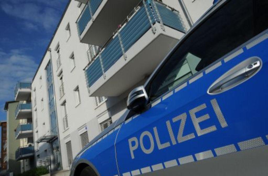paar ermordet die polizei tappt nach doppelmord weiter im dunkeln polizeibericht. Black Bedroom Furniture Sets. Home Design Ideas