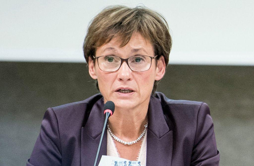 Die Grünen hatten Sabine Kurtz nahegelegt, wegen möglicher Doppelbelastung das Amt an der Spitze des Gremiums aufzugeben. Foto: dpa