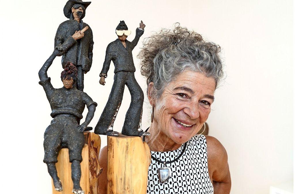 Petra Gerhardt fertigt mit Vorliebe Frauenkörper. Inzwischen ist sie auch auf den Mann gekommen – ein wenig. Foto: factum/Jürgen Bach