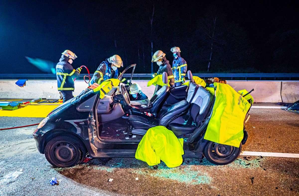 Auf der A8 ist es zu einem schweren Unfall gekommen. Foto: 7aktuell.de/ Alexander Hald