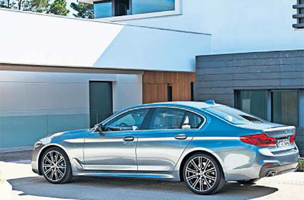 Ab Februar 2017 steht der neue 5er-BMW beim Händler. Foto: Hersteller