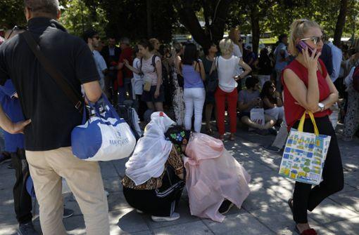 Starkes Erdbeben erschüttert griechische Hauptstadt