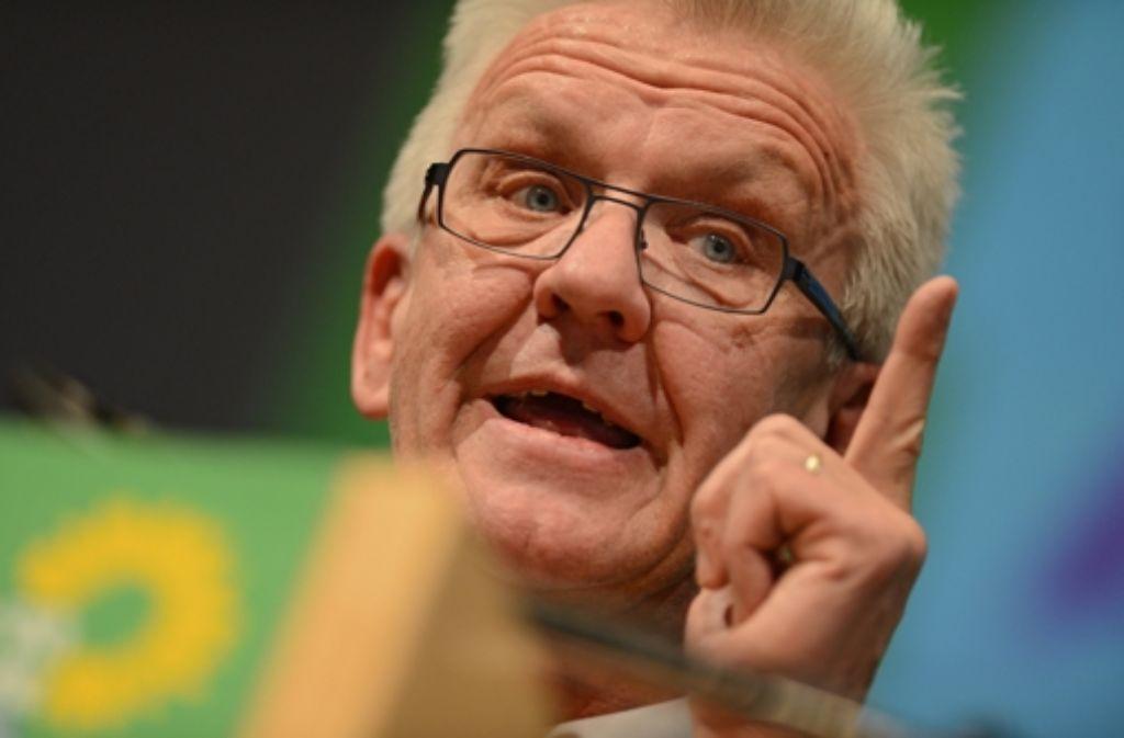 Pflegt seine starre Haltung zu Stuttgart 21: Winfried Kretschmann. Mehr über die Vita des Ministerpräsidenten erfahren Sie in der folgenden Fotostrecke. Foto: dpa
