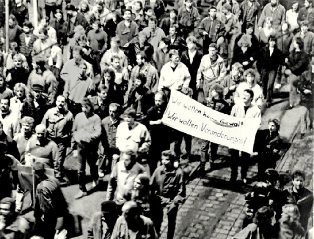Ohne Gewalt,  aber machtvoll: die Montagsdemo am 9. Oktober 1989 in Leipzig Foto: