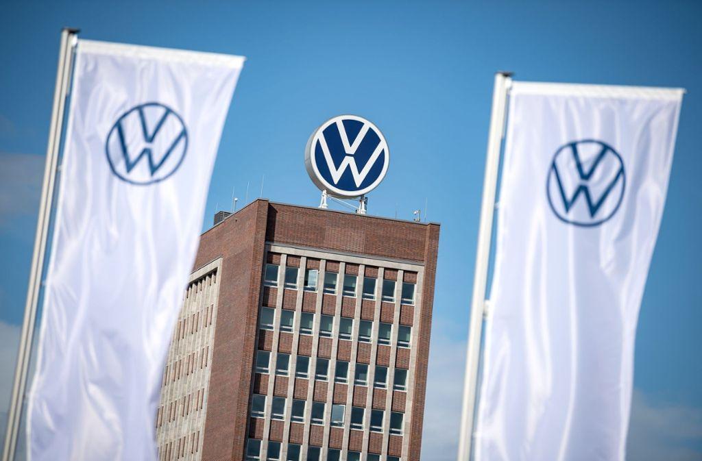 Bis Mitte April will Volkswagen alle Registrierungen im Diesel-Vergleich überprüft haben. Foto: dpa/Sina Schuldt