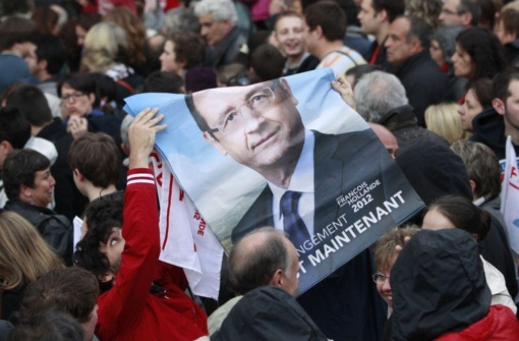Anhänger Hollandes feiern seinen Wahlsieg. Foto: EPA