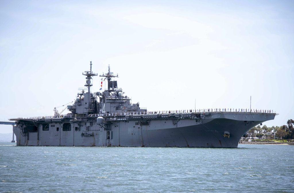 Von diesem US-Schiff aus soll eine iranische Drohen abgeschossen worden sein. Foto: dpa/Petty Officer 2nd Class Jesse Mo