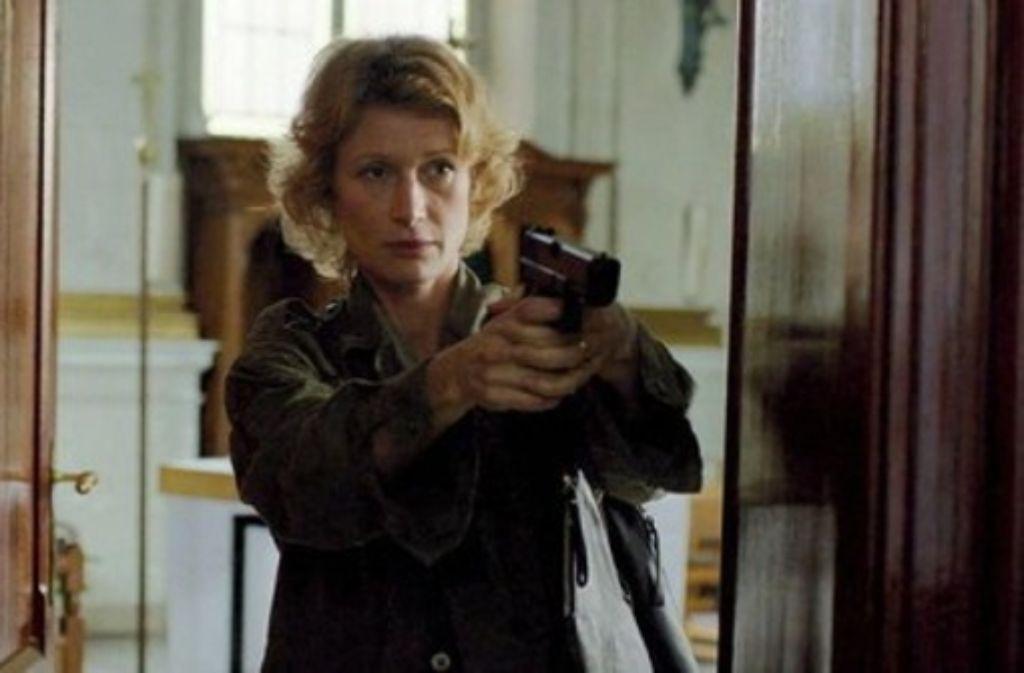 Elizabeth (Astrid Whettnall), man ahnt es,  ist nicht gekommen, um die andere Wange hinzuhalten. Foto: Donau Film