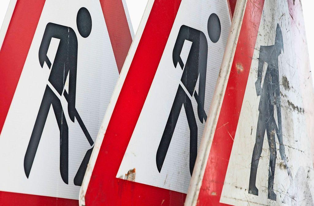 Die Arbeiten auf den Bundesstraßen 295 und 464  werden in zwei Bauphasen aufgeteilt. Foto: dpa/Sebastian Kahnert