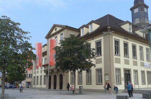 Das Göppinger Rathaus soll ein modernes Pendant am Bahnhof erhalten. Foto: StZ