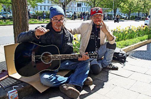 Bürger helfen verprügeltem Obdachlosen
