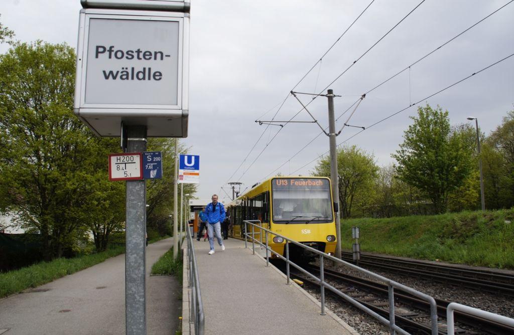 In den vergangenen vier Wochen konnten  die Bewohner  im  Pfostenwäldle die nahe gelegene Stadtbahn-Haltestelle wegen Gleisbauarbeiten   nicht nutzen. Foto: Leonie Hemminger