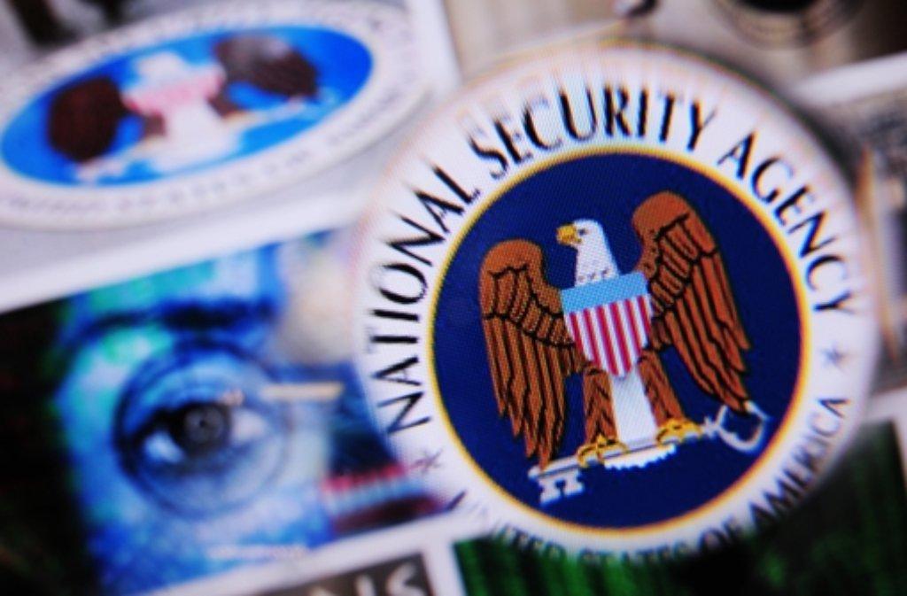 """Die Bundesregierung verweigert dem Untersuchungsausschuss Einblick in die sogenannte Selektorenliste der NSA. Stattdessen soll eine """"Vertrauensperson"""" prüfen. Foto: dpa"""