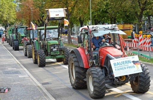 Bauern auf Protestfahrt durchs Land